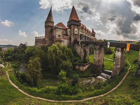 This Creepy Romanian Castle May Have Once Held Vlad the