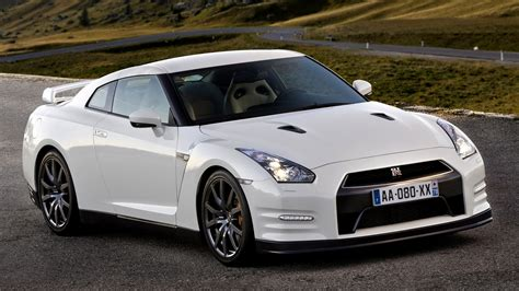 2010 Nissan GT-R Black Edition - Wallpapers and HD Images